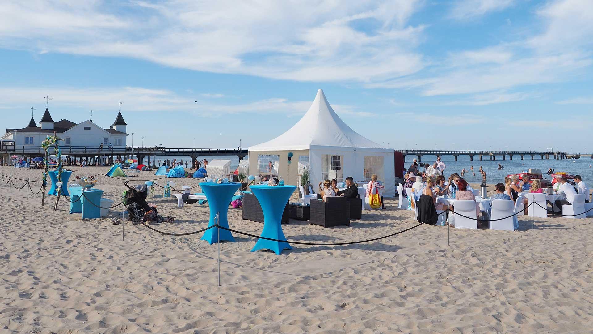 hochzeit am strand heiraten am meer strand. Black Bedroom Furniture Sets. Home Design Ideas